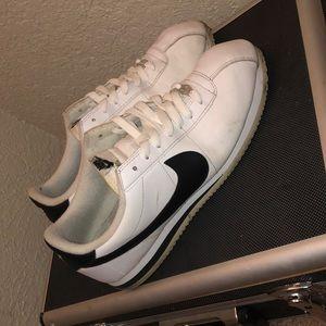 Nike cortez size 11